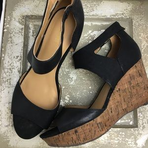 SZ 11 Nine West Cork Heel Wedges